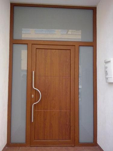 Nuestros trabajos instalaciones y reformas aluminios for Precio puerta entrada